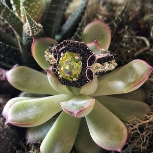 Sterling Silver Peridot Black Spinel Ring